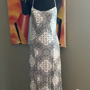 Volcom size small maxi dress paisley pattern